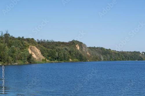 Fotografie, Obraz  Spokojny dzień nad jeziorem