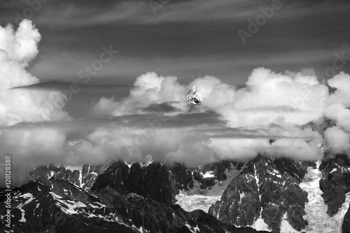 Fototapety, obrazy: High Mountains covered with clouds