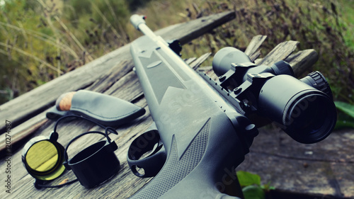 Fotografía  air rifle with telescopic sight , for sport hunting