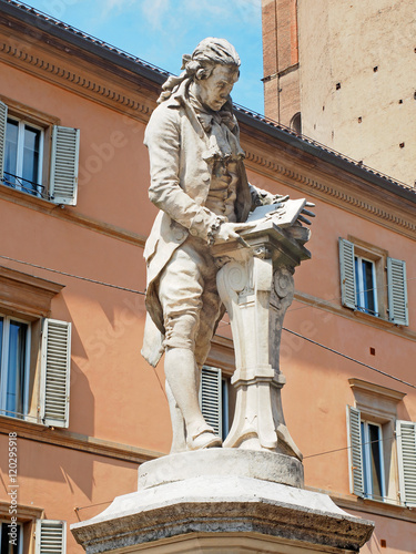 Photographie  Galvani statue Bologna Italy
