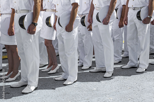 Navy personnel in formation Fototapete