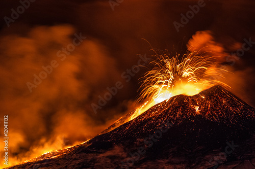 Spoed Foto op Canvas Vulkaan Etna eruption - Catania, Sicily