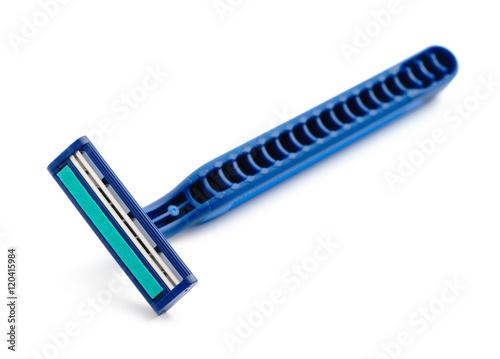 New disposable razor blade