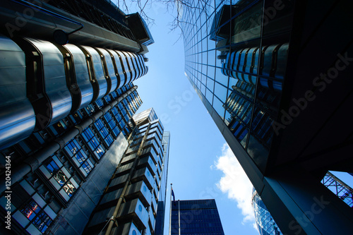 Fototapety, obrazy: Abstract Business office building in London