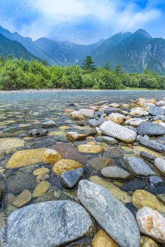 Spoed Foto op Canvas Nieuw Zeeland Hotaka Mountain and Azusa River in Kamikochi, Nagano, Japan