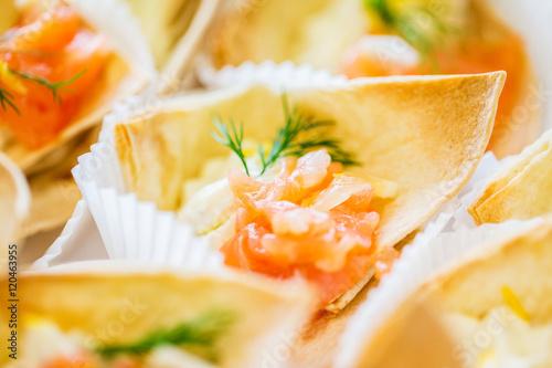 close up of dough cornet with salmon fish filling Billede på lærred