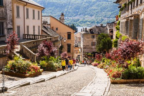 Fotografie, Obraz  Scorci del centro storico di Orta San Giulio, Lago d'Orta, Novara, Piemonte, Ita
