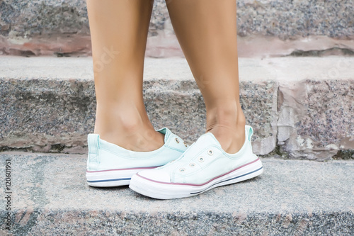 Sexy street feet