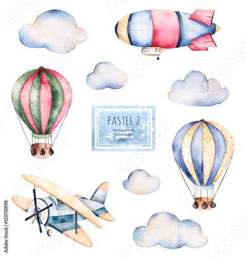 balony-samoloty-i-chmurki-malowane-akwarela-na-bialym-tle