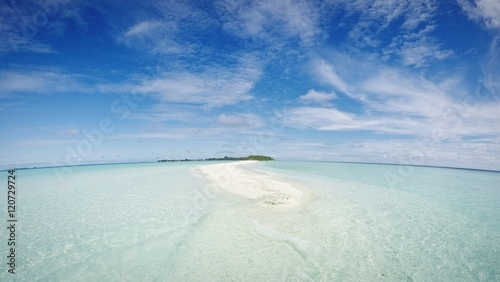 Foto auf Acrylglas Tropical strand Beautiful view on Maldives island
