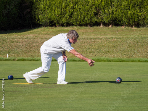 Fotografie, Obraz  ISLE OF THORNS, SUSSEX/UK - SEPTEMBER 11 : Lawn Bowls Match at I