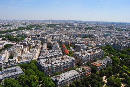Photo View from the Eiffel Tower towards St-Germain in Paris, France.