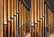Shining Organ Tubes, Classical Music
