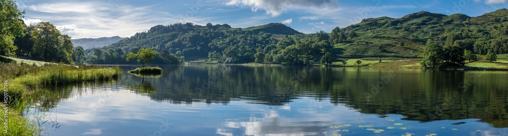 Fototapety, obrazy: Wide panorama at Rydal Water in the Lake District on a calm summer morning.