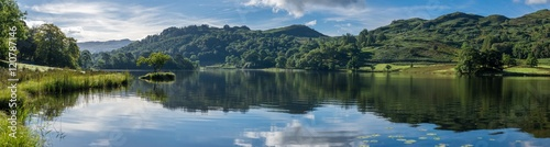 Fototapeta Wide panorama at Rydal Water in the Lake District on a calm summer morning. obraz