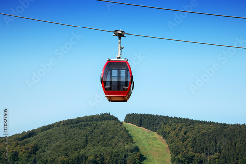 Spoed Foto op Canvas Gondolas Seilbahn mit Gondel in Willingen