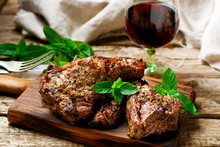 Grilled Lamb Chops Marinated With Mint