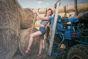 Pin up Heu Traktor