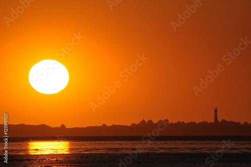 Spoed Foto op Canvas Noordzee Wattlandschaft an der Nordsee bei Sonnenaufgang