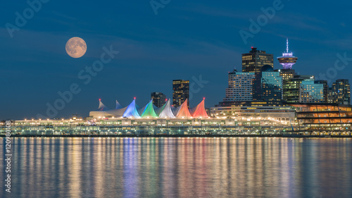 city full moon night,Vancouver BC Canada