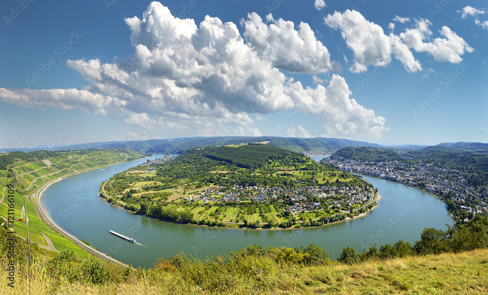 Fototapety, obrazy: Famous popular Wine Village of Boppard at Rhine River, middle Rhine Valley, Germany. Rhine Valley is UNESCO World Heritage Site