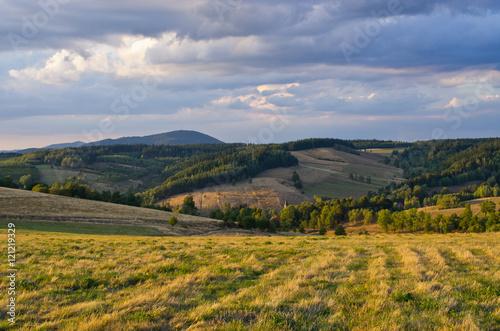 Foto auf Gartenposter Hugel Autumn in the hills