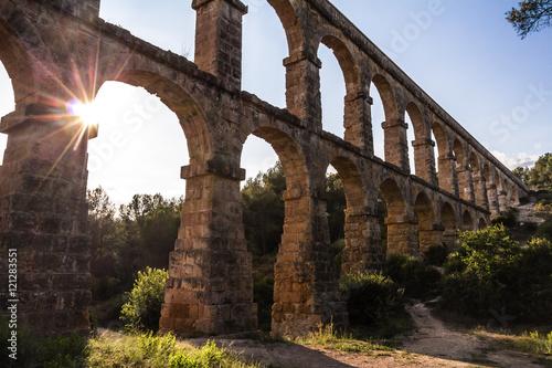 Valokuvatapetti Ancient roman Les Ferreres Aqueduct, Tarragona