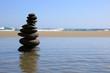 piedras zen playa escultura U84A2350-f16