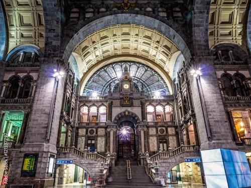 Staande foto Antwerpen Antwerpen Central Station