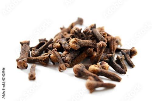 Fotografie, Obraz  Pile of dried cloves (Syzygium aromaticum)