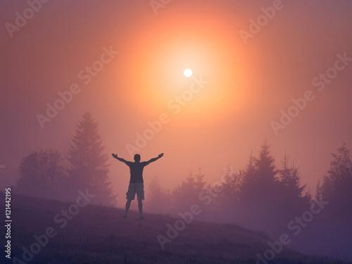 Foto op Plexiglas Crimson Man welcomes early morning