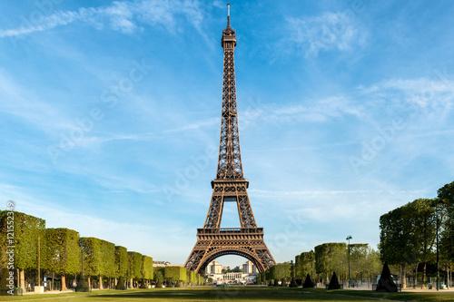 Deurstickers Eiffeltoren Eiffel tower at morning time in Paris, France.