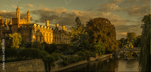 Canvas Print Clare College Cambridge in the setting sun