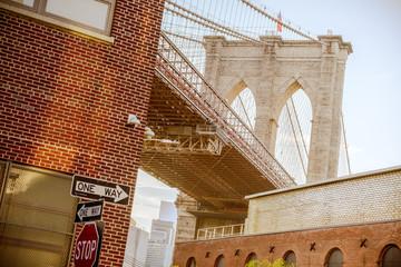 Fototapeta Nowy York under view of brooklyn bridge, ney york