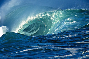 Fototapeta Inspiracje na lato Empty Wave - Waimea Bay Shorebreak, Oahu, Hawaii