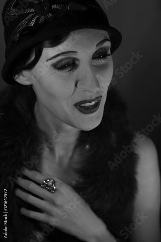 Fototapety, obrazy: Женщина модель в образе голливудской кинозвезды мода стиль красота макияж портрет кинематограф история