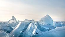 Winter. Extremal Cracks On Ice...