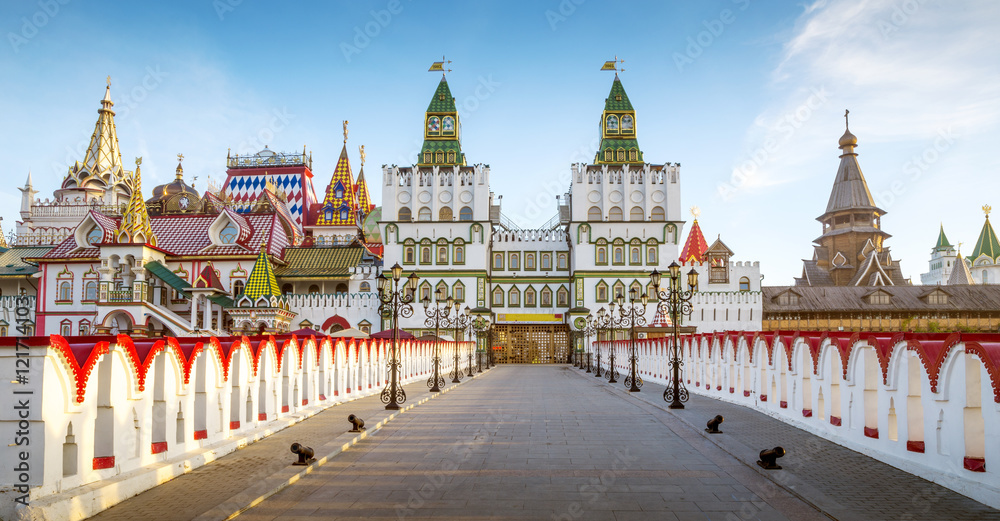 Fototapety, obrazy: Panorama of Izmailovsky Kremlin in Moscow, Russia