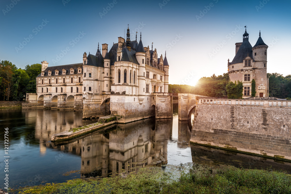 Fototapety, obrazy: The Chateau de Chenonceau castle at sunset, France