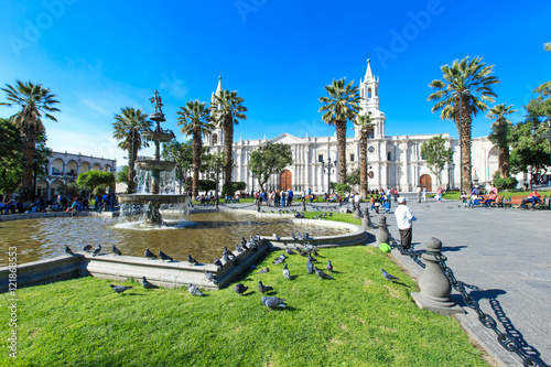 AREQUIPA PERU NOVEMBER 9: Main square of Arequipa with church on Fototapet