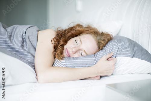 schlafende frau Poster