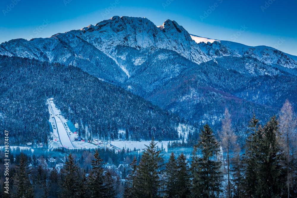 Fototapety, obrazy: Giewont peak at dawn in Zakopane in winter, Tatra Mountains, Poland