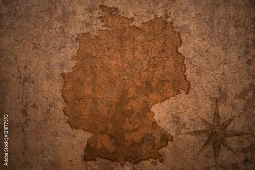 Cuadros en Lienzo  germany map on vintage crack paper background