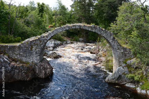Photo Packhorse Bridge Carrbridge - Blurred Water