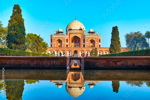 Fotografie, Obraz  DELHI,INDIA-DECEMBER 14,2015: Humayun's Tomb (Mausoleum) in the garden of the Ch