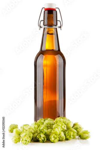 Foto  Beer glass on white background