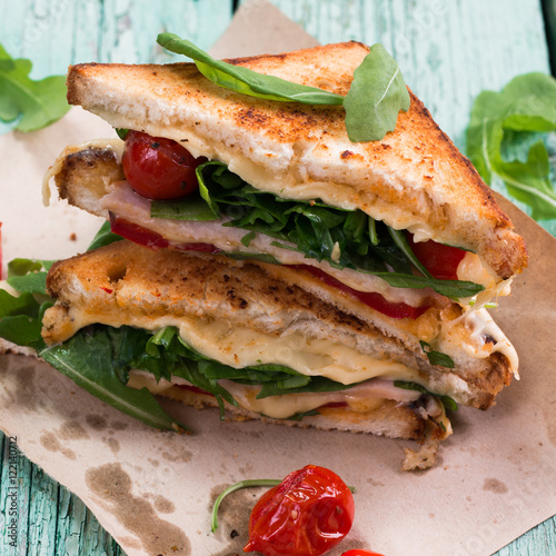 Papiers peints Snack Sandwich bread, tomato, lettuce,ham, and yellow cheese