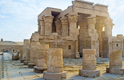 In de dag Egypte The Temples of Upper Egypt