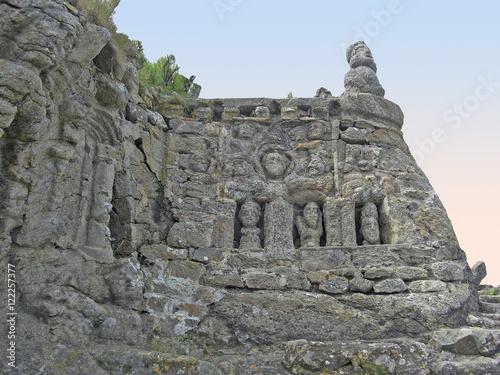 Valokuva  Saint Malo, rochers sculptés de Rothéneuf