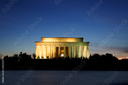 Photographie  Lincoln Memorial Monument at Sunset, Washington DC